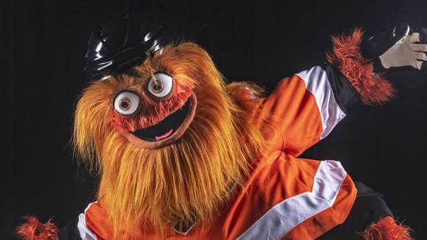 via GrittyNHL/Twitter