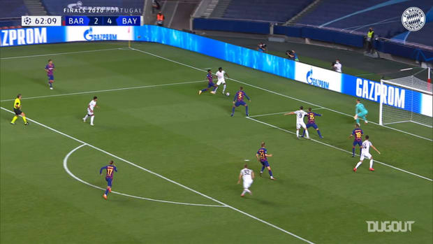 Alphonso Davies' incredible run and assist vs FC Barcelona