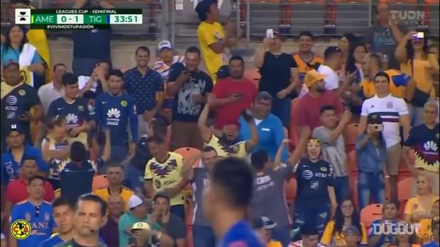 Andrés Ibargüen's slow penalty run-up goal