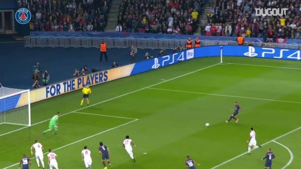 PSG defeated Bayern Munich in the Champions League 2017-18