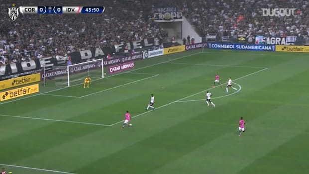 Gabriel Torres's dramatic goal vs Corinthians
