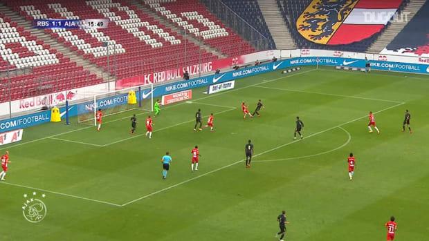 Antony smashes home against Red Bull Salzburg