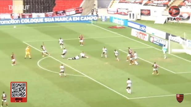 Gabriel Barbosa secures a draw for Flamengo against Botafogo