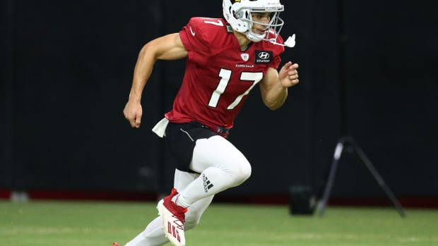Arizona Cardinals wide receiver Andy Isabella (17) during training camp at State Farm Stadium.