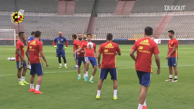 Spain players' keep-ups