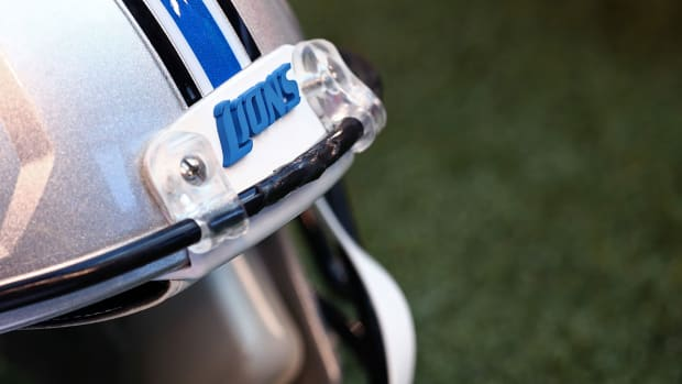 detroit-lions-empty-helmet