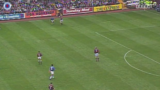 Claudio Reyna nets double against Hearts