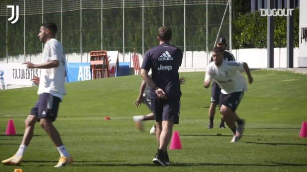 Weston Mckennie's first Juventus training session