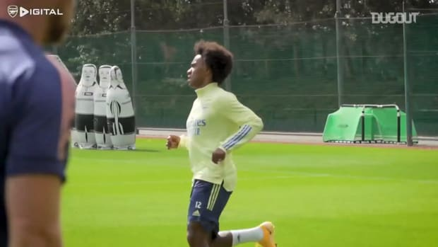 Willian's first training session with Arsenal