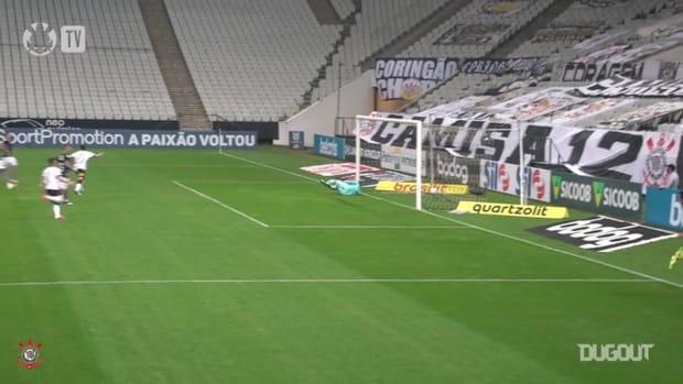 Jô salvages point for Corinthians against Botafogo
