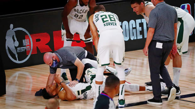 Giannis Ankle