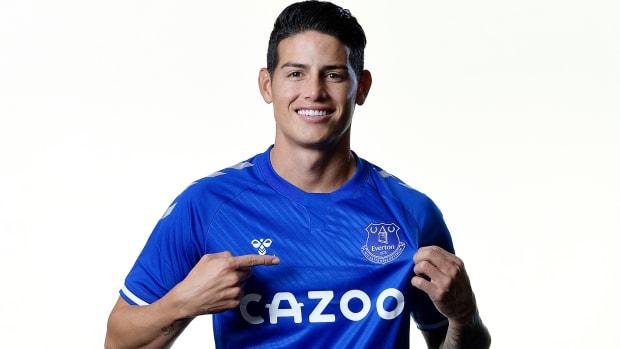 James-Rodriguez-Signs-Everton