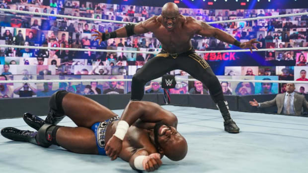 WWE's Bobby Lashley taunts Apollo Crews in the ring