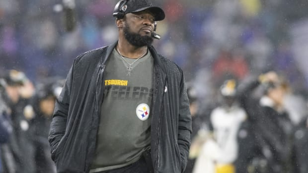 Dec 29, 2019; Baltimore, Maryland, USA; Pittsburgh Steelers head coach Mike Tomlin walks down the sidelines during the third quarter against the Baltimore Ravens at M&T Bank Stadium.