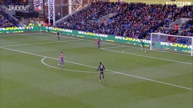 Benteke double helps Palace sink Saints