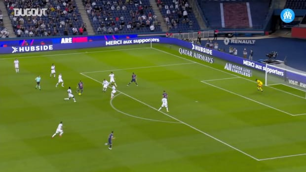 Mandanda's heroic performance vs PSG