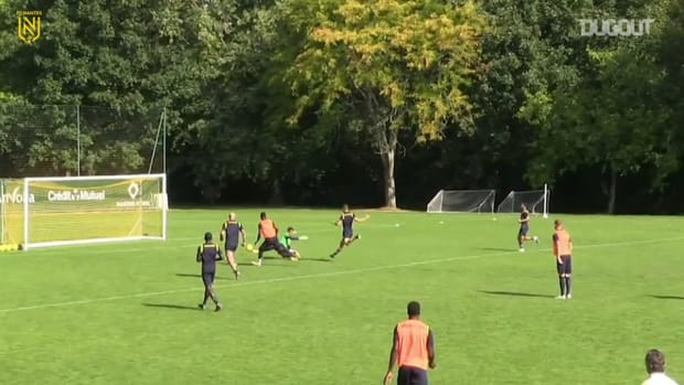 Ndilu's incredible goals at training with Nantes