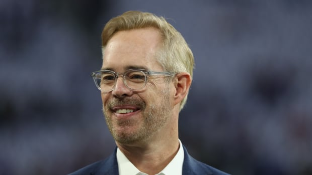 FOX analyst Joe Buck before the NFC Divisional Playoff football game between the Minnesota Vikings and the New Orleans Saints at U.S. Bank Stadium.