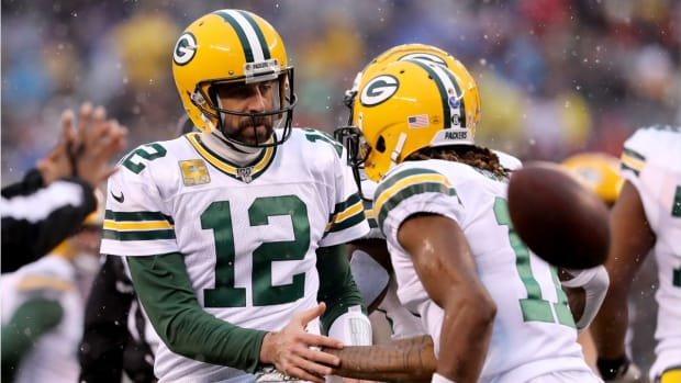 Aaron_Rodgers_on_Davante_Adams-5f6618de156d300635191a60_1_Sep_19_2020_14_51_50_poster