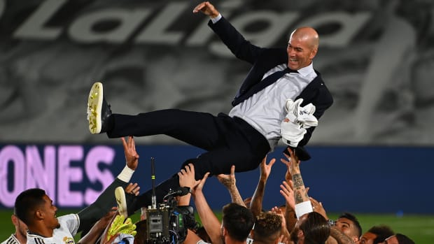 Zidane-Real-Madrid-La-Liga-Title