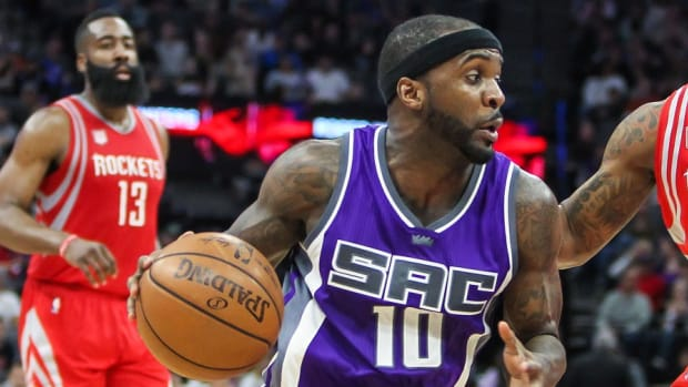 Former Sacramento Kings guard Ty Lawson drives to the basket during a game against the Houston Rockets at Golden 1 Center.