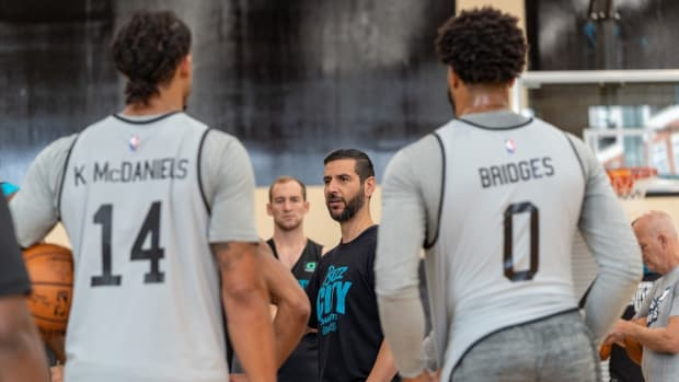 Charlotte Hornets coach James Borrego addresses the players during the start of the team's minicamp.