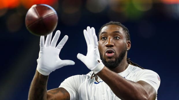 Indianapolis Colts tight end Mo Alie-Cox is a popular NFL fantasy pick-up after catching five passes for 111 yards, both career bests, in Sunday's home win over Minnesota.