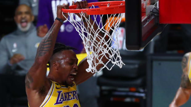 Los Angeles Lakers center Dwight Howard (39) dunks the ball against the Denver Nuggets during the first half in game four of the Western Conference Finals of the 2020 NBA Playoffs