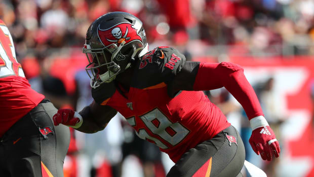 Tampa Bay Buccaneers linebacker Shaquil Barrett (58) rushes against the Atlanta Falcons during the first half at Raymond James Stadium.