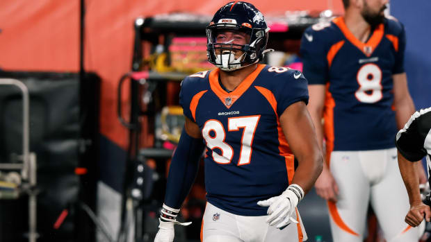 Denver Broncos tight end Noah Fant (87) in the fourth quarter against the Tennessee Titans at Empower Field at Mile High.