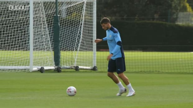 Ruben Dias' first Man City training session