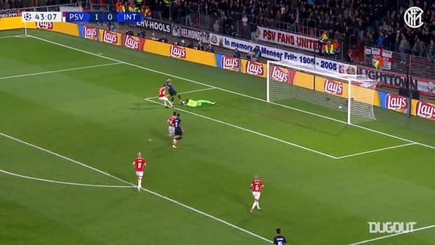 Nainggolan's powerful strike against PSV