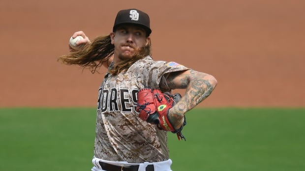 mike-clevinger-padres-nlds