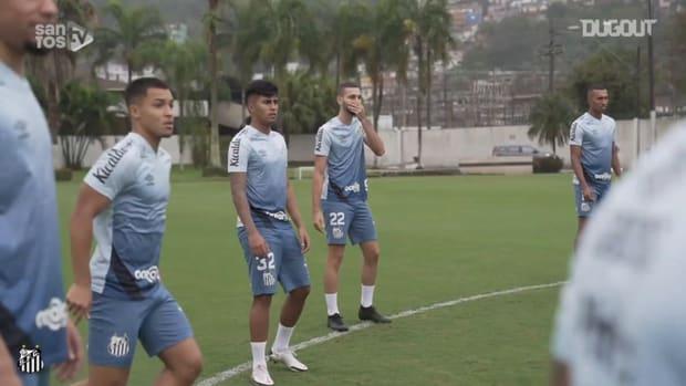 Santos' last training session before Corinthians clash