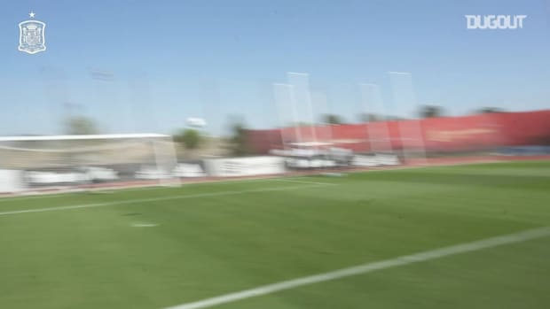 Free-kick practice in Spain training