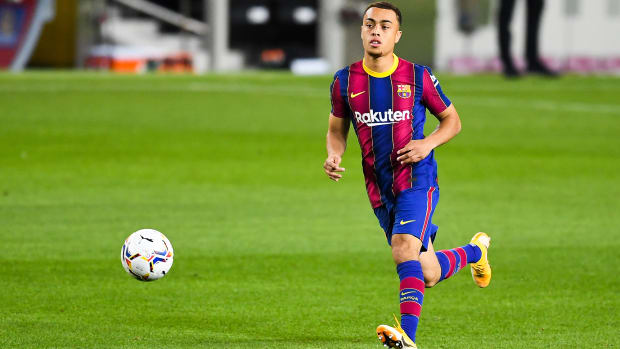 Sergino Dest on his Barcelona debut