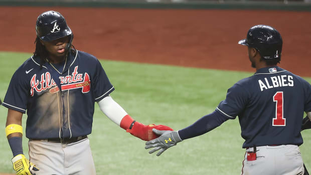 Braves win game 2