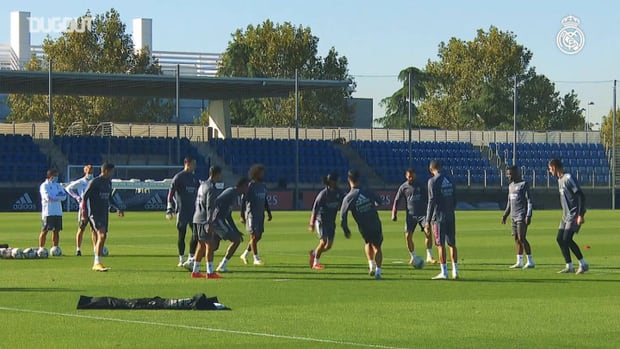 Ball circulation, control and accuracy at Real Madrid City