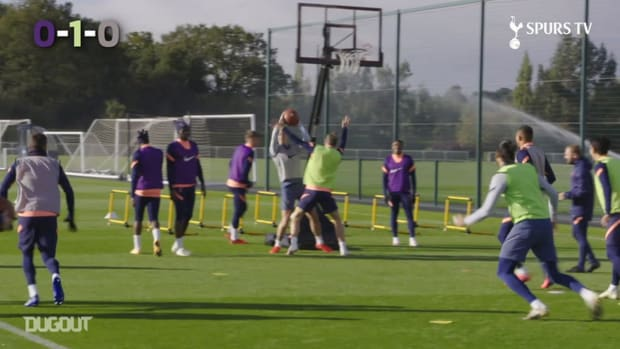 Spurs squad take part in basketball tournament