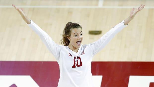 Volleyball-Sarah Maras