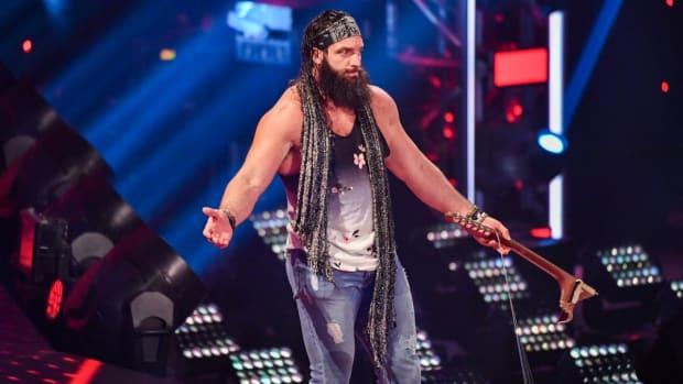WWE's Elias appears on Raw