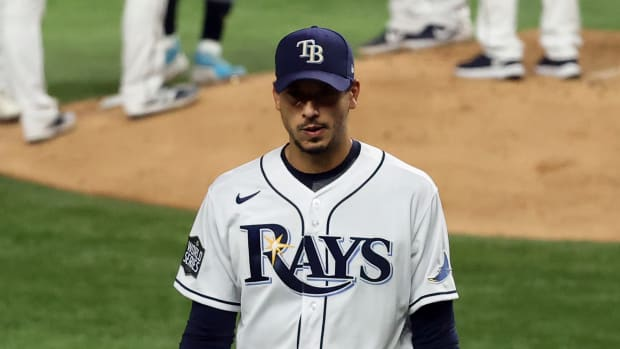 Tampa Bay Rays starting pitcher Charlie Morton (50) walks to the dugout after being removed form the game against the Los Angeles Dodgers during the fifth inning of game three of the 2020 World Series