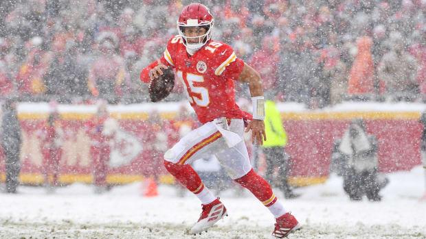 Dec 15, 2019; Kansas City, MO, USA; Kansas City Chiefs quarterback Patrick Mahomes (15) looks to pass during the second half against the Denver Broncos at Arrowhead Stadium. Mandatory Credit: Denny Medley-USA TODAY Sports