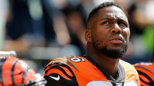 Bengals' Carlos Dunlap on the sideline