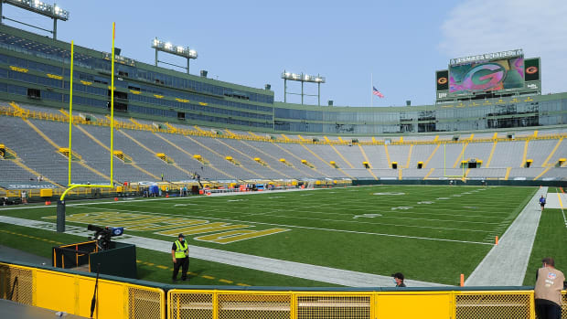lambeau-field-packers