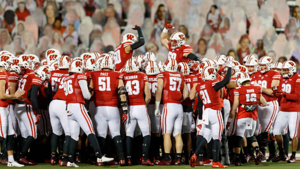 wisconsin-badgers-football