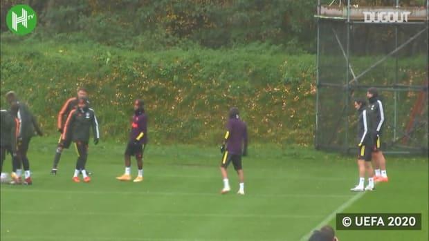 Manchester United in training before İstanbul Başakşehir