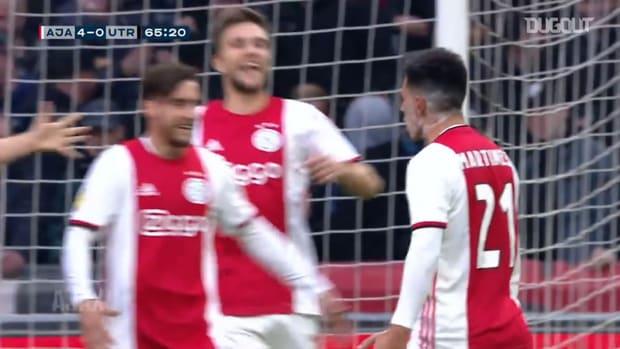 Lisandro Martinez finds the net to help Ajax beat Utrecht