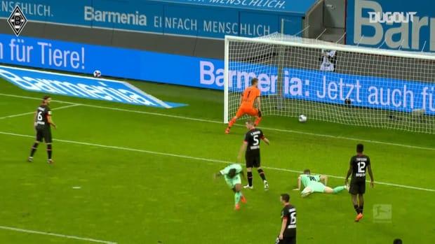 Valentino Lazaro's incredible scorpion kick vs Leverkusen