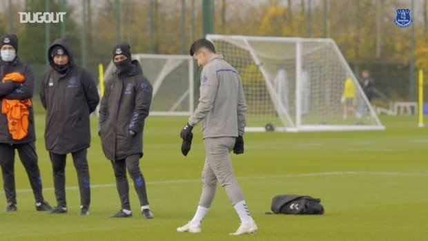 Focus on James Rodriguez in Everton training
